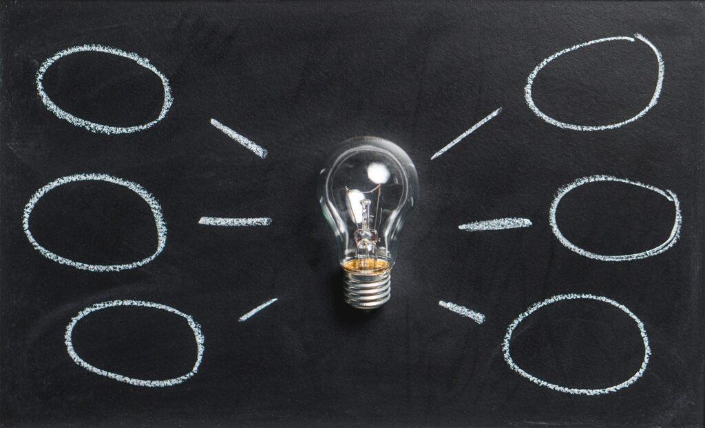 Dependiendo del modelo y producto o servicio que ofrezcas, tu negocio debe contar con una estrategia comercial
